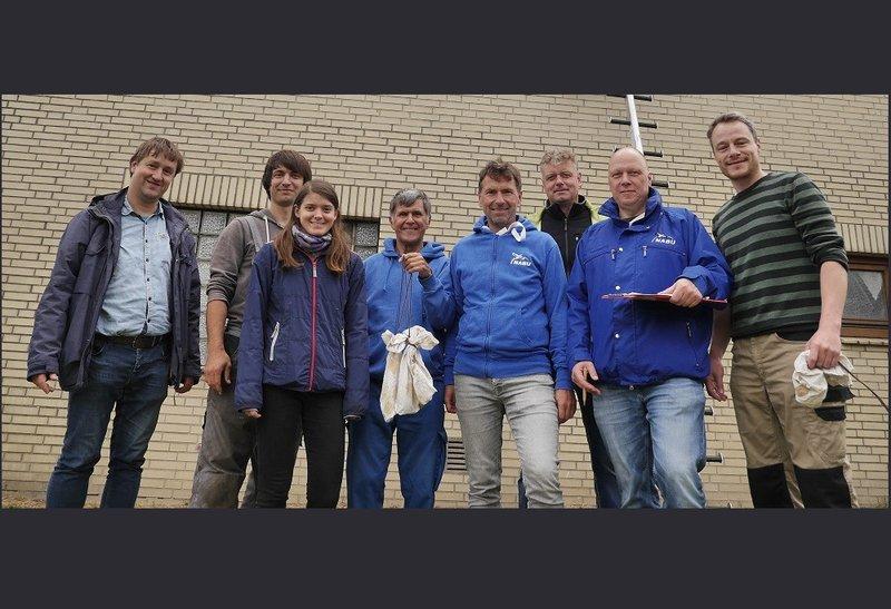 Das Mauersegler-Beringer-Team in Hamburg (c) Sven Baumung